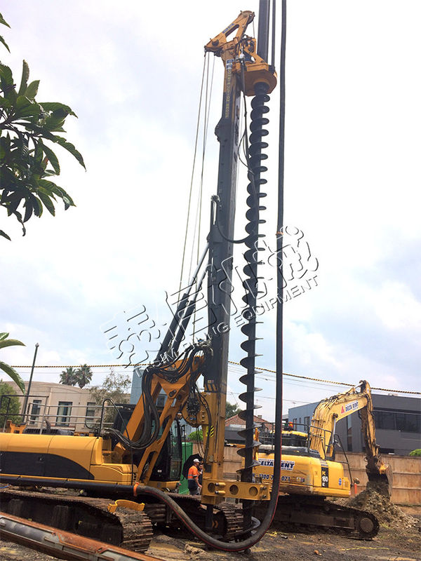 Small CFA Rotary Piling Rig With 35 Mpa Max Operating