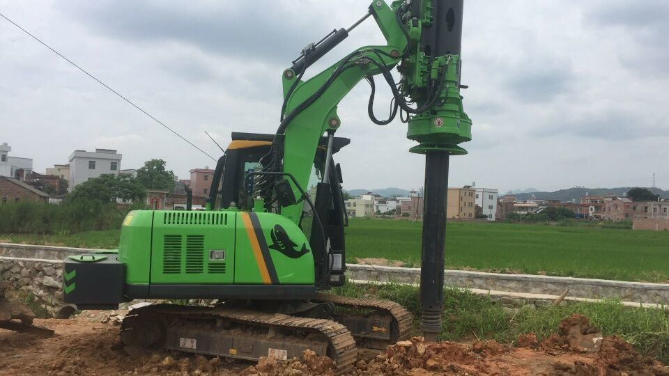 Driver Foundation Equipment / Hydraulic Piling Rig with Rotary Power Head
