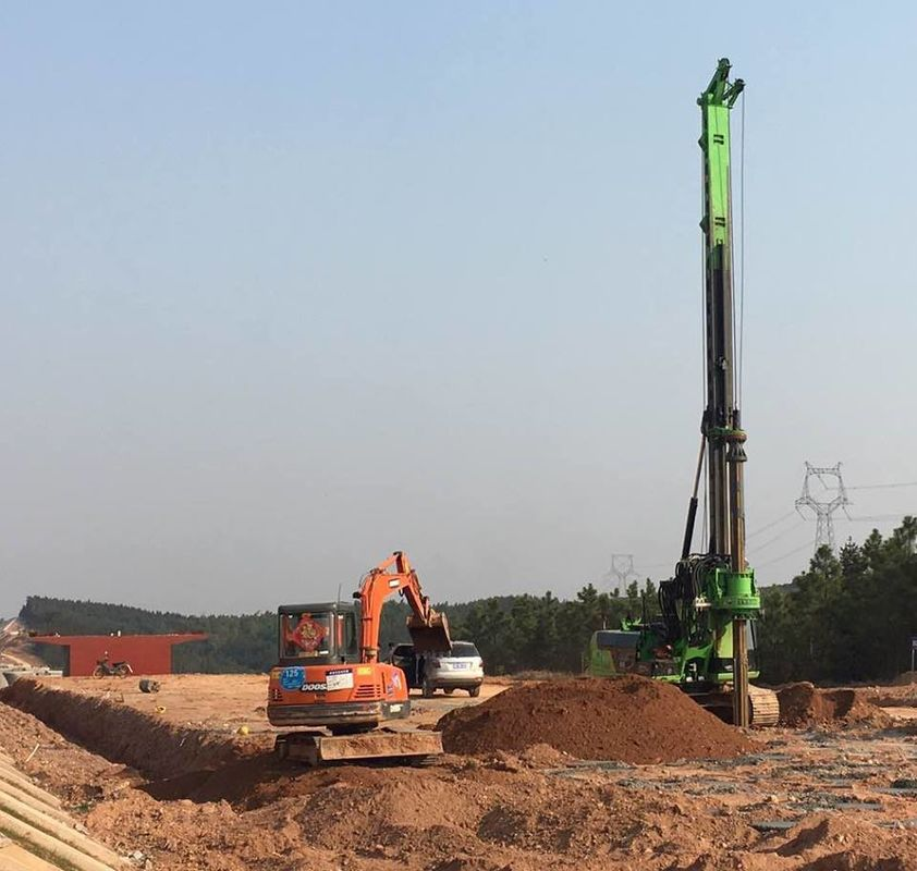 KR150C Hydraulic Piling Rig For 52m Max Drilling Depth , Bored Pile Driving Machine